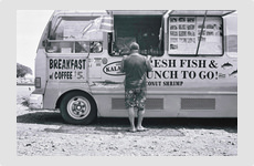 Food truck - Maui, Hawaii - Photograph by Barry McCullough